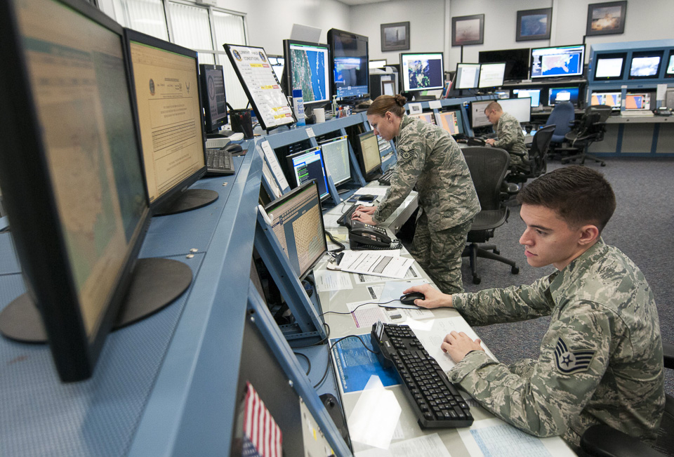 military meteorologists